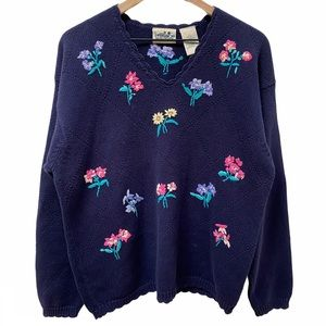 Northern Reflections Floral Embroidered Sweater L
